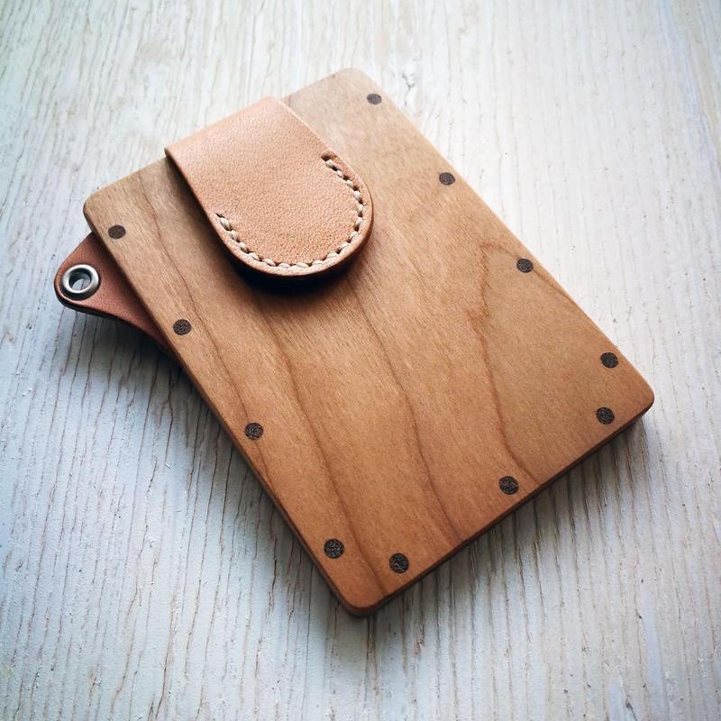 【ストラップなし】pass caseチェリー 木と革のパスケース ICカード入れ