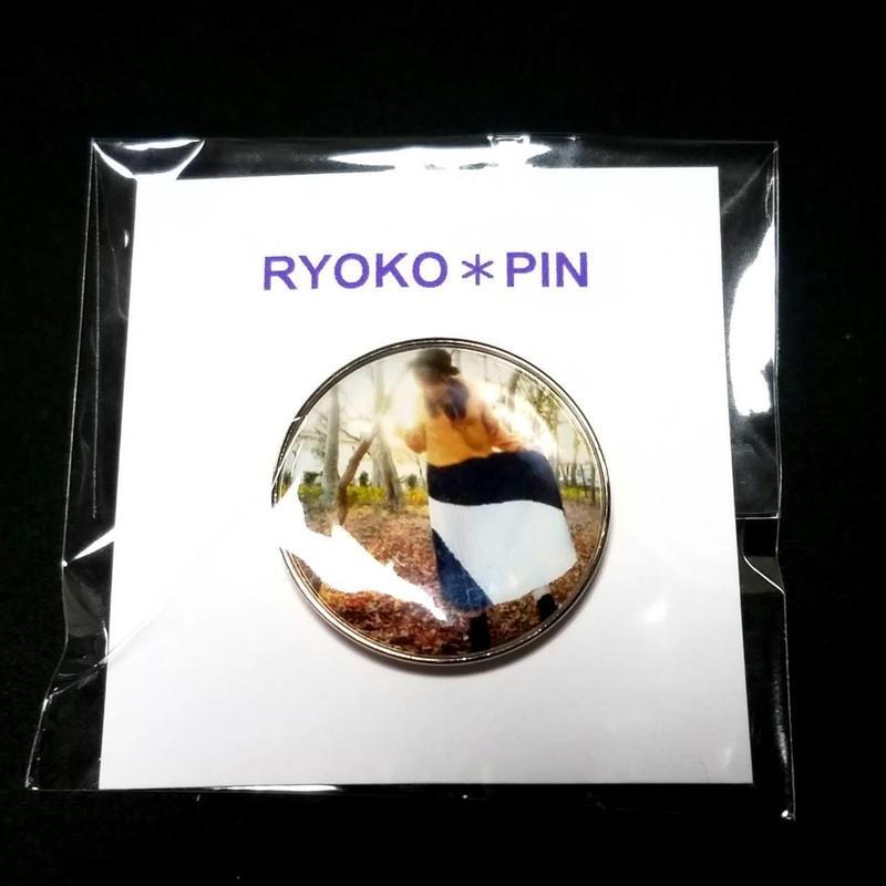<ピンズ>RYKO*PINS(りょこ*PHOTO)