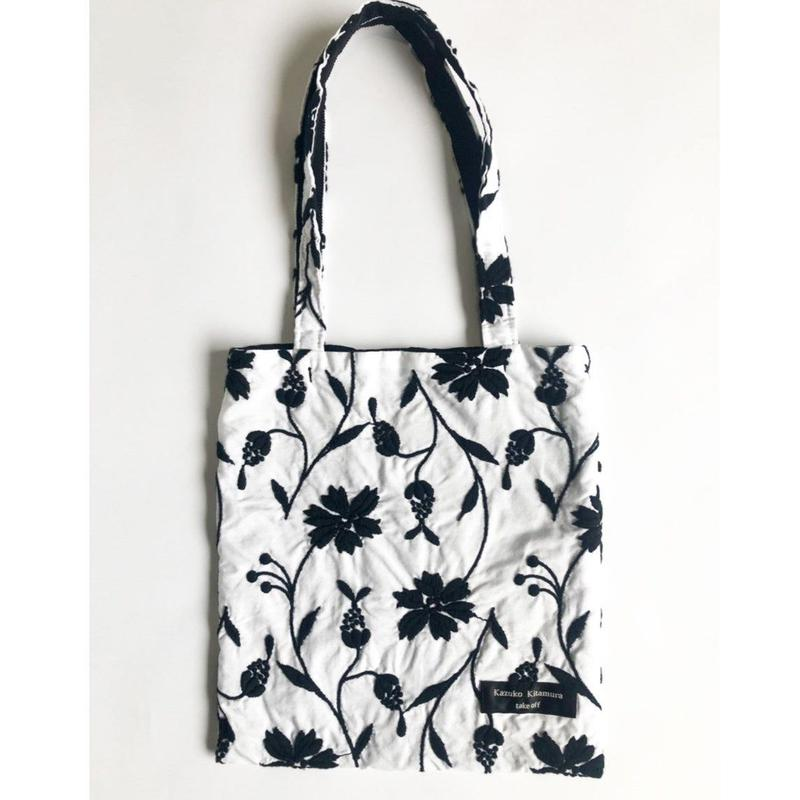 Embroidery tote_bag(white × black刺繍)