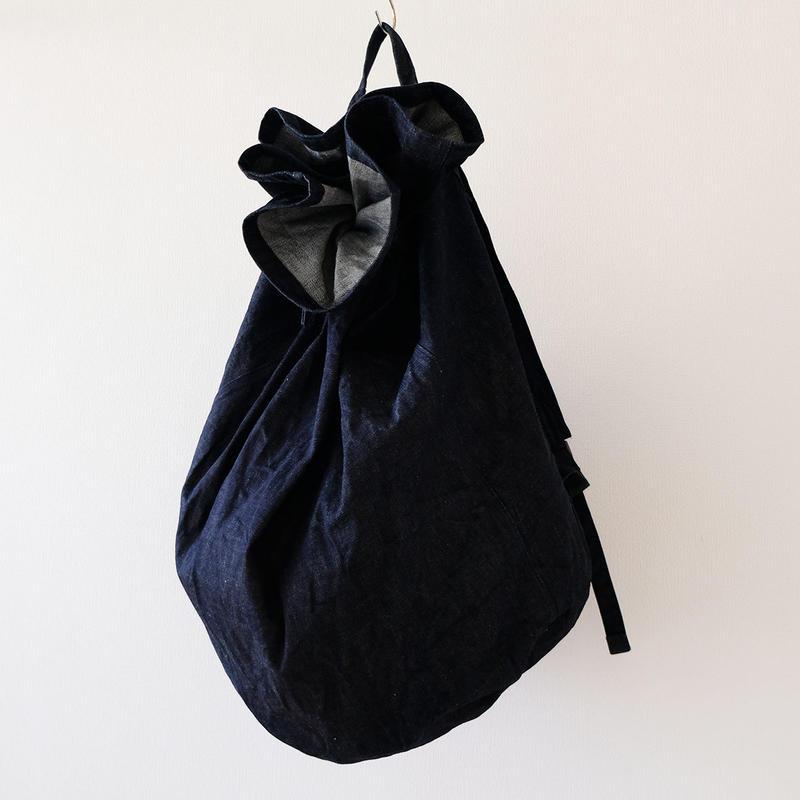 デニム巾着バックパック