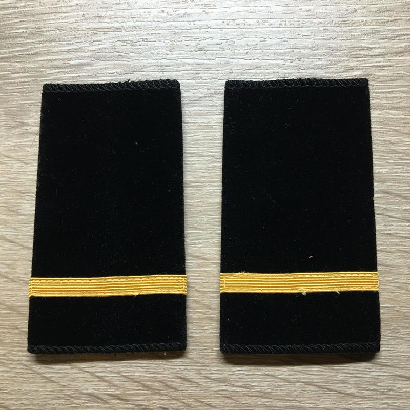 【コレクター商品】中国人民解放軍87式 海軍 列兵 スエード筒式肩章