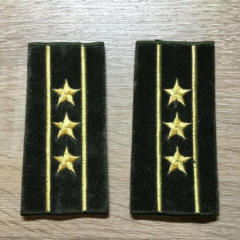 【コレクター商品】中国人民解放軍87式 陸軍 上校 筒式肩章(1992年~)