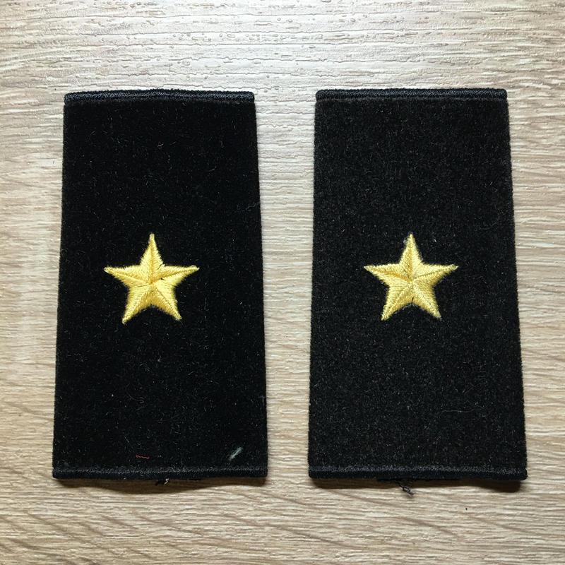 【コレクター商品】中国人民解放軍87式 海軍 少将 筒式肩章(1992年~)