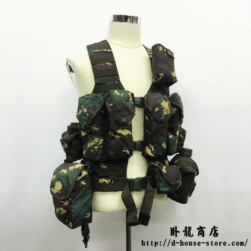 【猟人迷彩ー特種兵】中国人民解放軍06式 通用単兵携行装具 猟人迷彩  班長配置セット