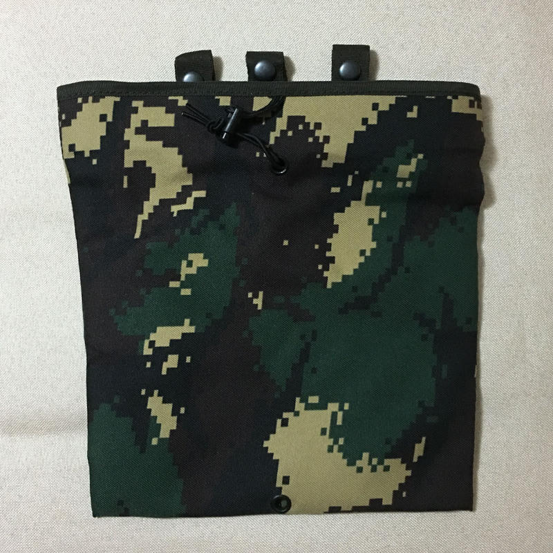中国人民解放軍 特種兵 07式猟人迷彩 ドロップマガジン ダンプポーチ