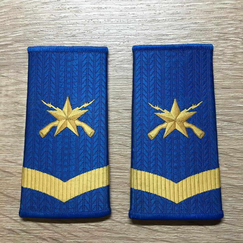 【コレクター商品】中国人民解放軍99式 空軍 筒式肩章 二級士官