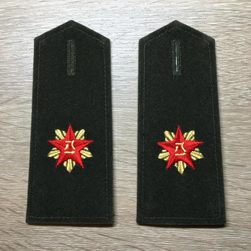 【コレクター商品】中国人民解放軍87式 陸軍文職 肩章