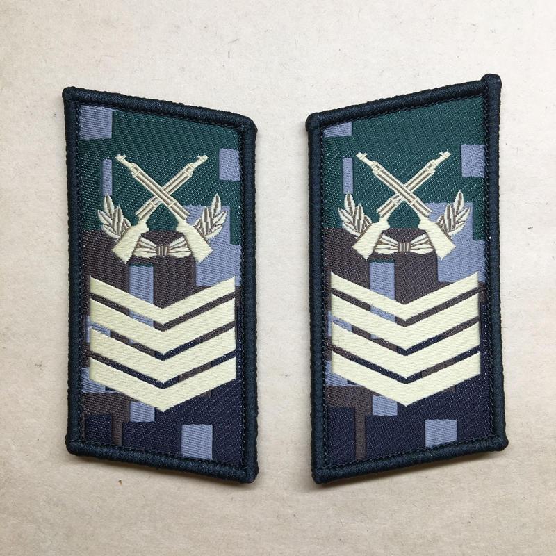 【一級軍士長】中国人民解放軍07式迷彩服用 林地迷彩柄 襟章 階級章