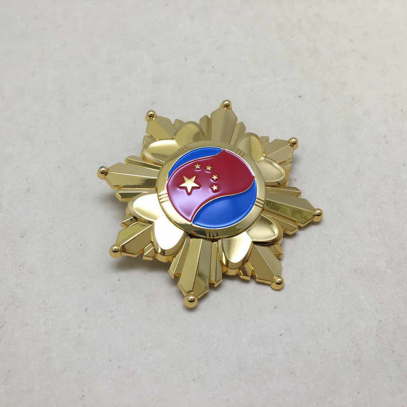 【コレクター商品】中国人民解放軍 15式儀仗隊 胸章