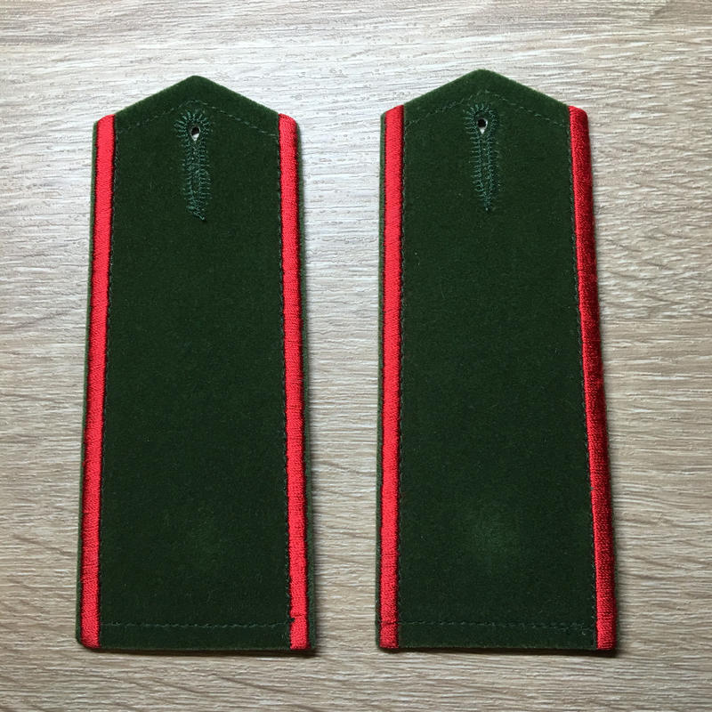 【コレクター商品】中国人民武装警察87式 武警 学員 肩章