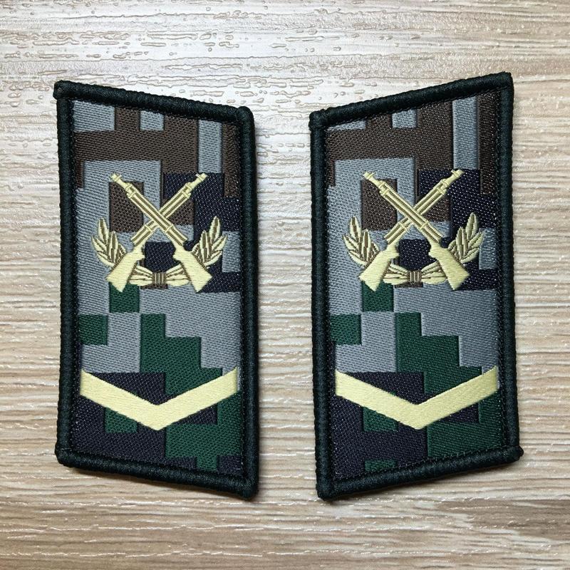 【中士】中国人民解放軍07式迷彩服用 林地迷彩柄 襟章 階級章