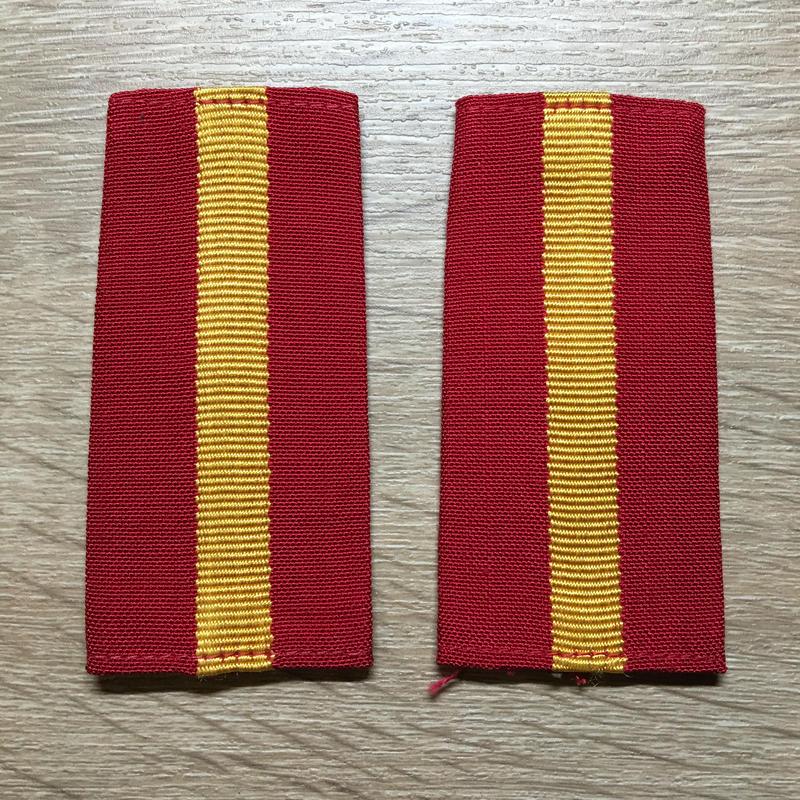 【コレクター商品】中国人民解放軍87式 陸軍 専業軍士 筒式肩章