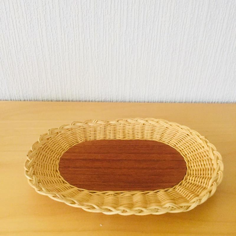 手編みのスタイリッシュなトレイ/籐とチーク