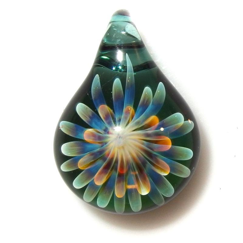 [MCUN2-51] mini clear unber flower pendant