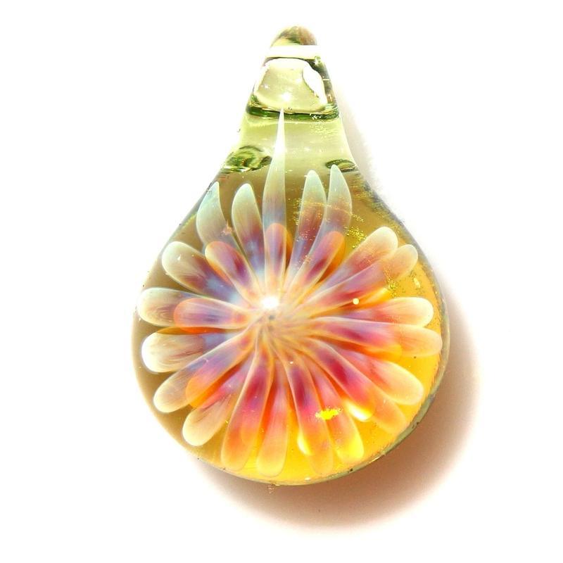 [MCUN2-54] mini clear unber flower pendant