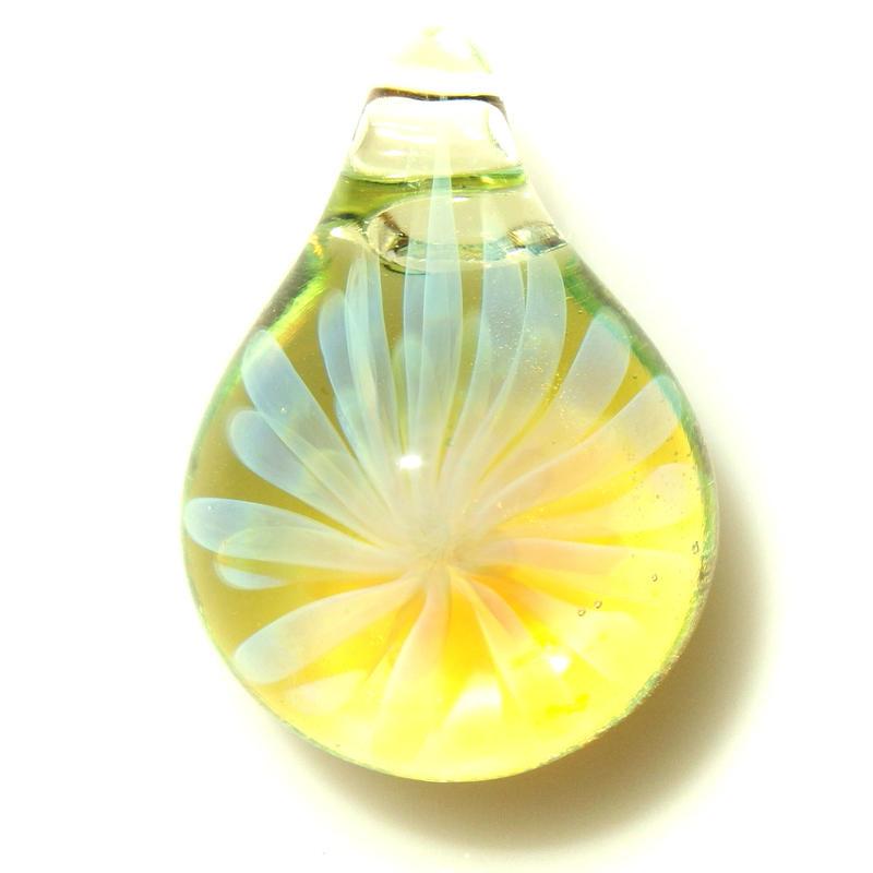 [MCYF-50]mini clear yellow flower pendant