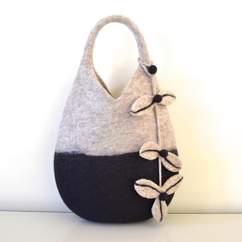 木の実バッグ Tree nuts Bag