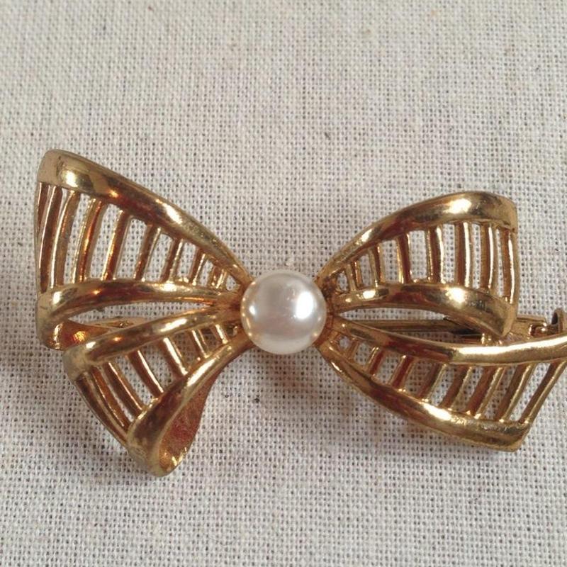 costume jewelry / brooch    ■ta-613