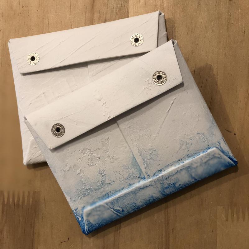 カガリユウスケ  タテイスカンナの壁 封筒型コインケース