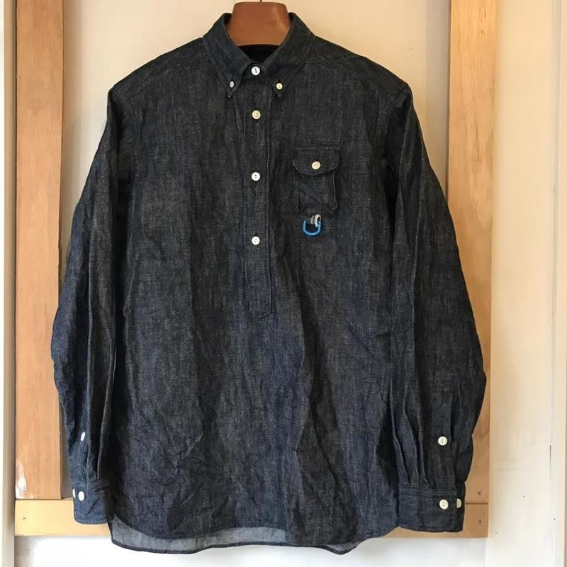 【Anti-weathers】  m-less denim shirt