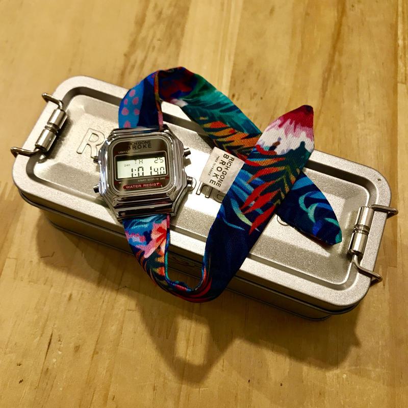 Rich Gone Broke(Silver Digital Case- Flower Liberty Strap)