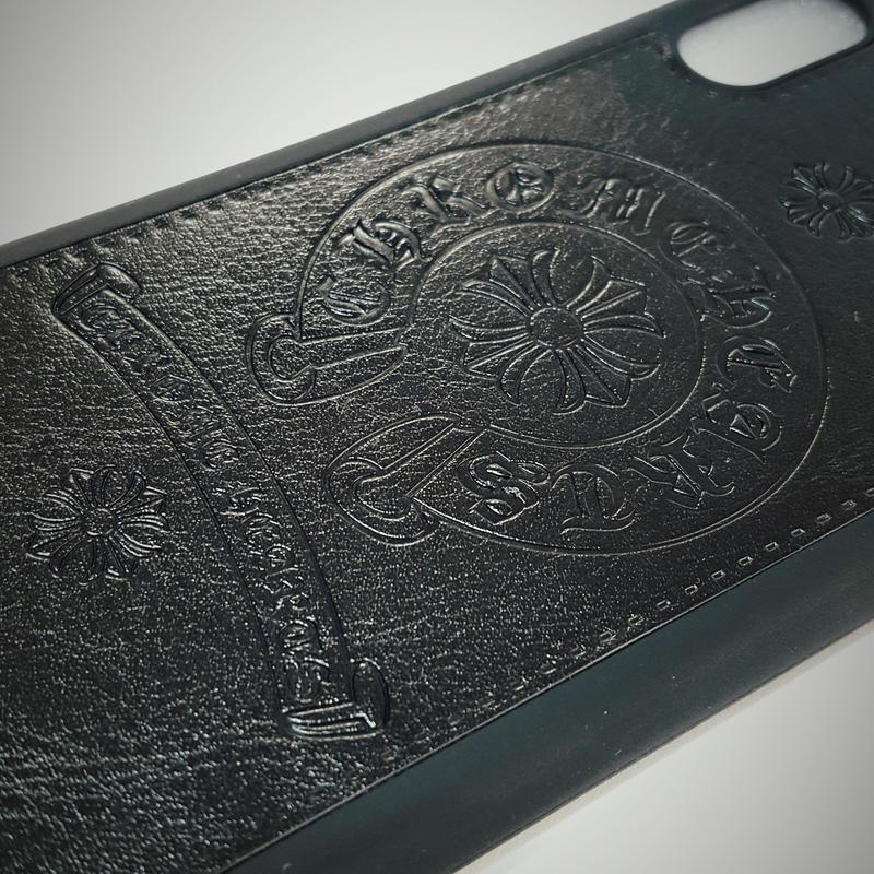 iphoneX スマホケース 人気のホースシューエンブレム タイプクロムハーツ【ブラック・ホワイト・レッド】のうち1個
