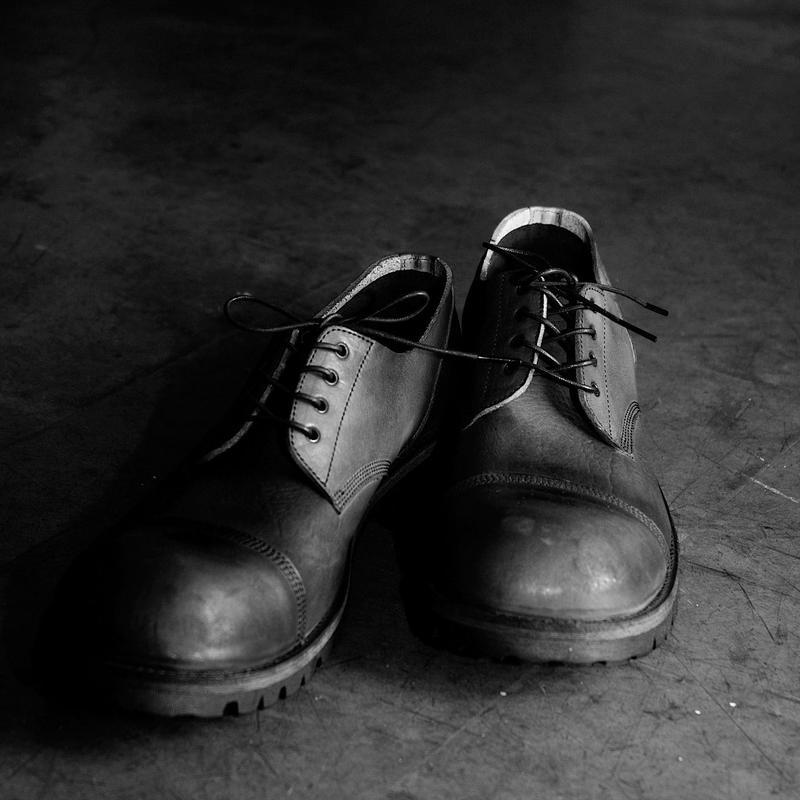 LOW SHOES / VIBRAM SOLES
