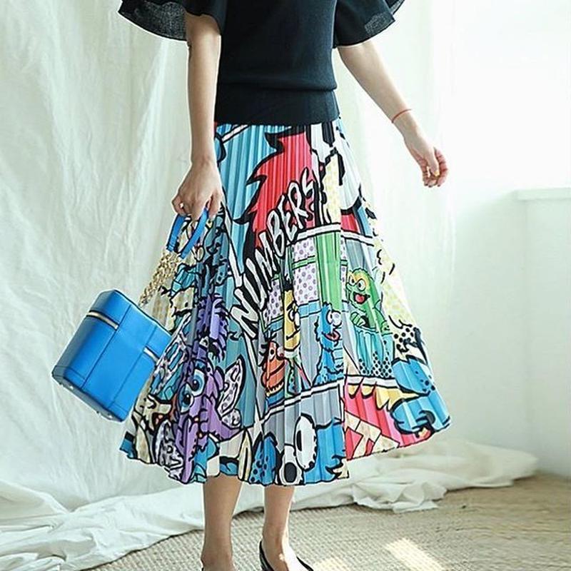 セサミ柄プリーツスカート