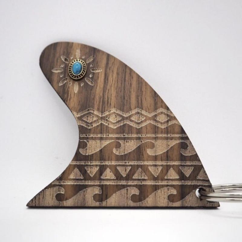 wood fin Key charm(wave)