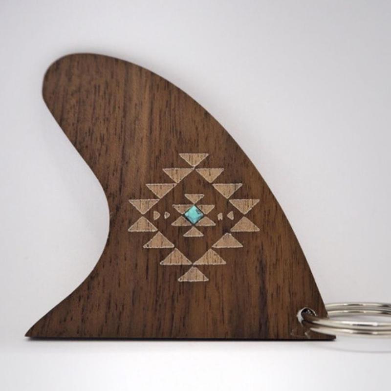 wood fin Key charm(native)