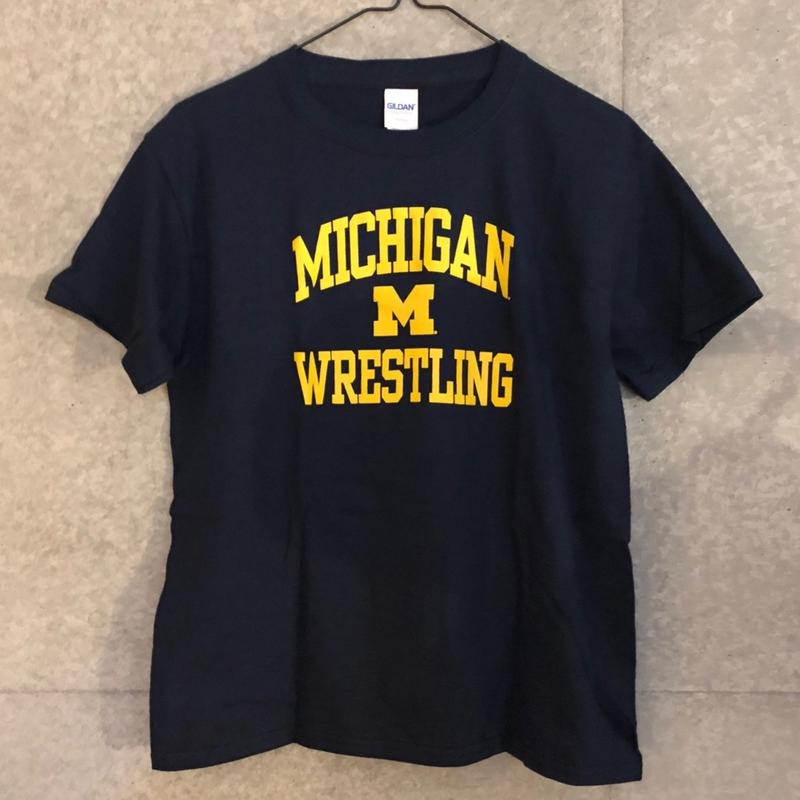 UNIVERSITY OF MICHIGAN WRESTLING Tシャツ(キッズサイズ)