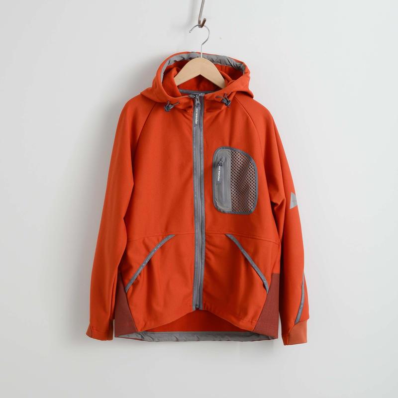 and wander / light fleece hoodie reflect