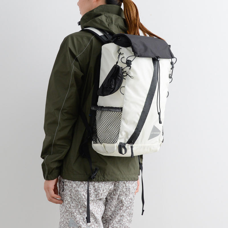 and wander / 30L Backpack