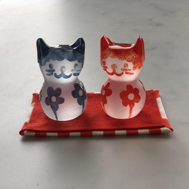 猫のおひなさま(お花4つ)