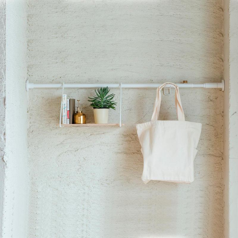 005 Shelf B - White
