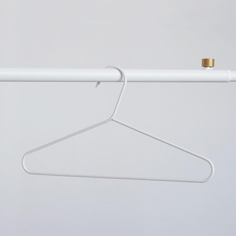 016  Clothes Hanger - White