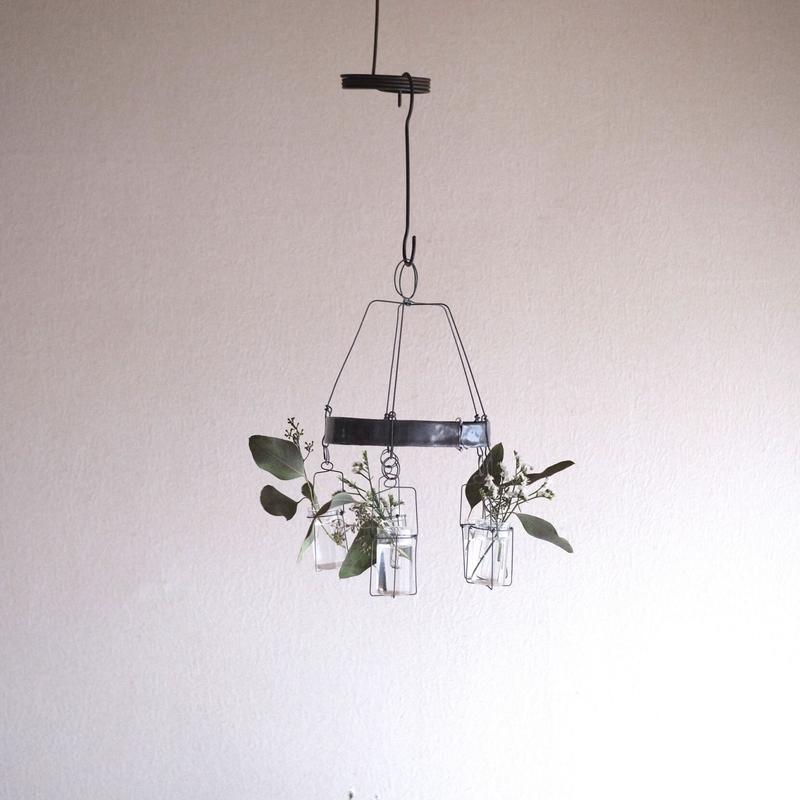 増田 由希子さんの花器  メリーゴーランド