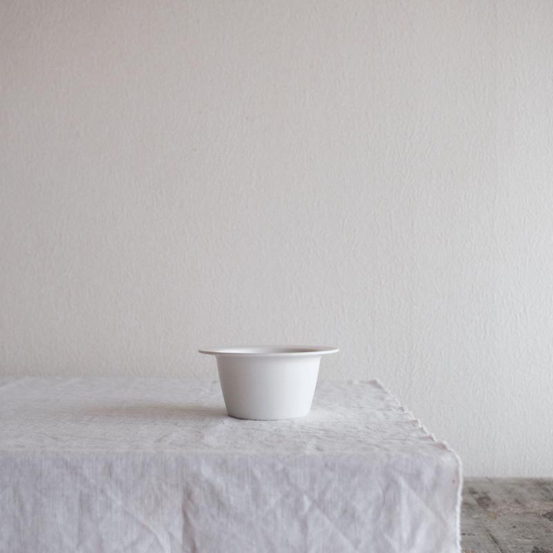 濱岡 健太郎さんの リム鉢S