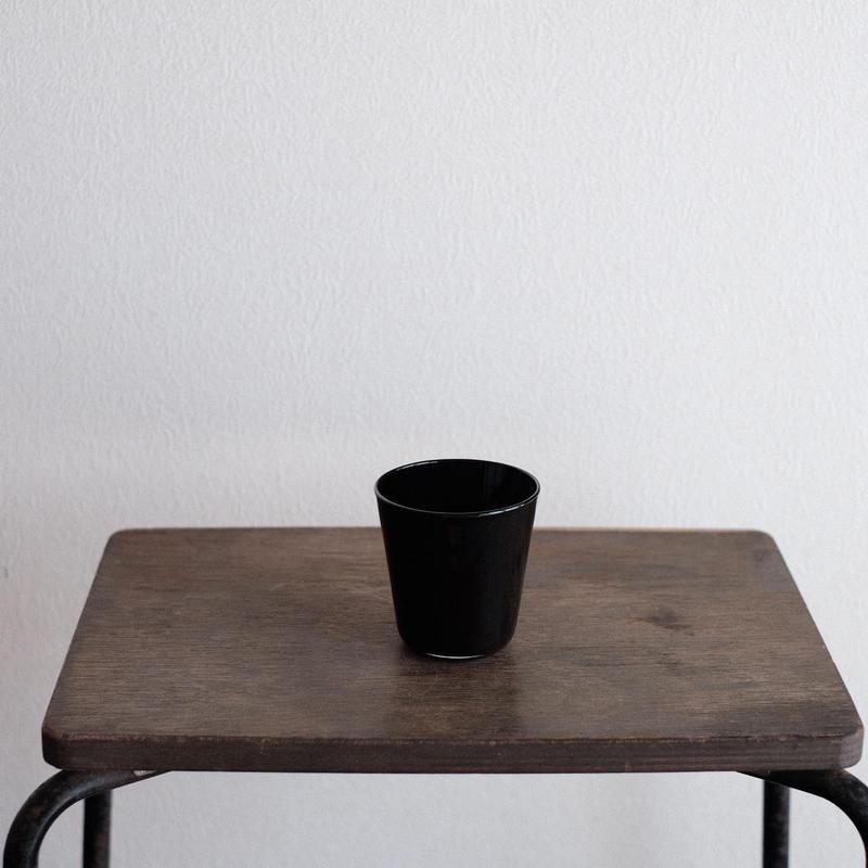 黒川 登紀子 さんの コップ(黒)