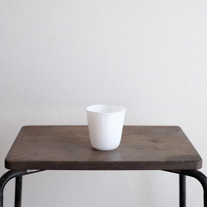 黒川 登紀子 さんの コップ(白)