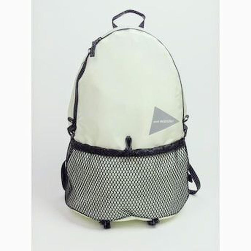 and wander /20L Daypack white