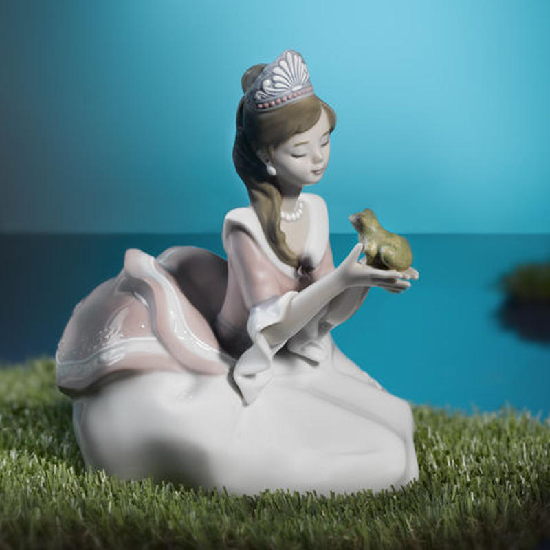お姫様とカエル(H15cm×W17cm×D13cm)