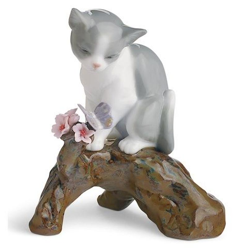 桜の咲くころ 仔猫(H10×W9×8cm)