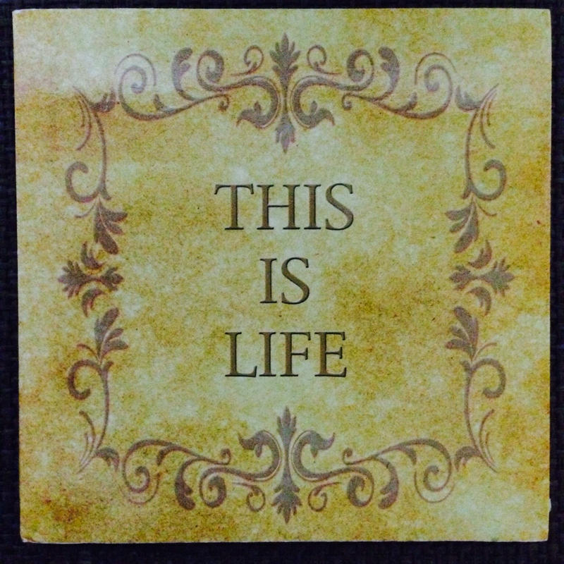 「This is Life」 12曲入りアルバム