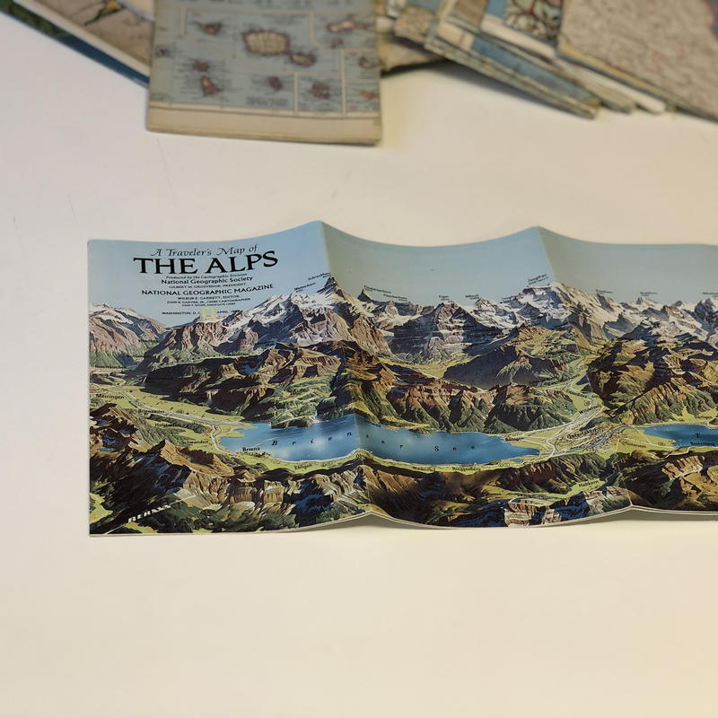 National Geographic社 地形図[THE ALPS1985年製]