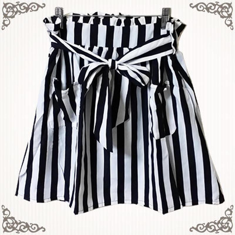 リボン付きストライプ柄ミニスカート
