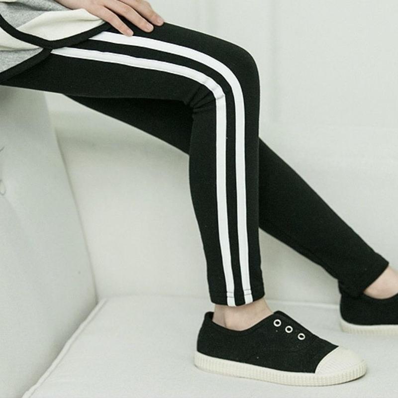 (即納)新作★ライン入レギンス(BLACK&ホワイト)