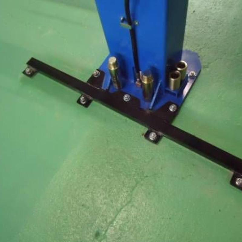 PEAK LIFT 専用・耐震補助ベース