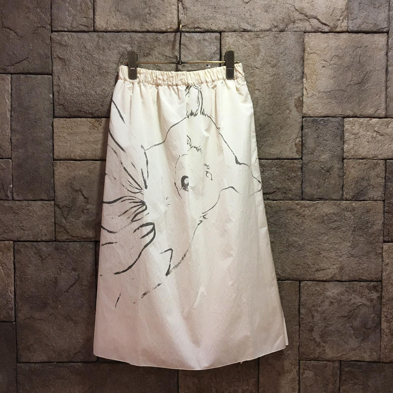 ¥37,000→¥19,999 D-due 430F ナイロン地プリーツスカート