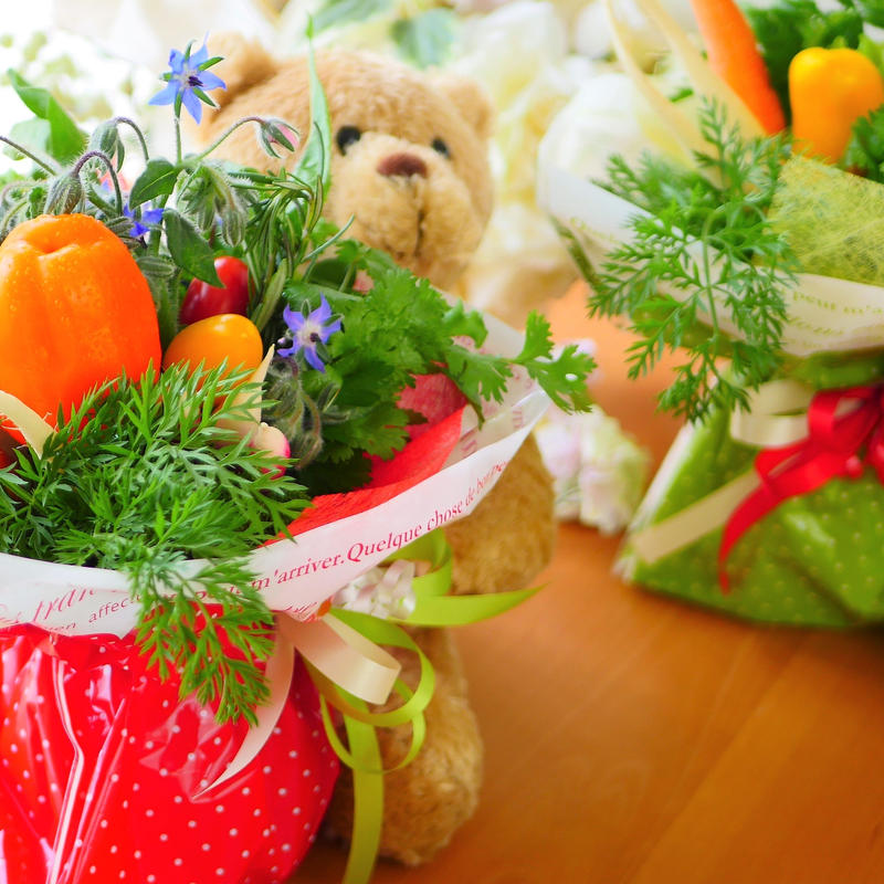 ご結婚式お祝い野菜ブーケ(新郎新婦様へのプレゼント2個セット)(クール便送料無料)【※個数限定発売】
